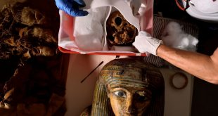 Italian hospital uses CT scan to unveil secrets of Egyptian mummy